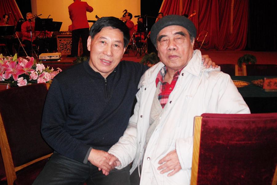 与著名画家戴泽老先生在人民大会堂
