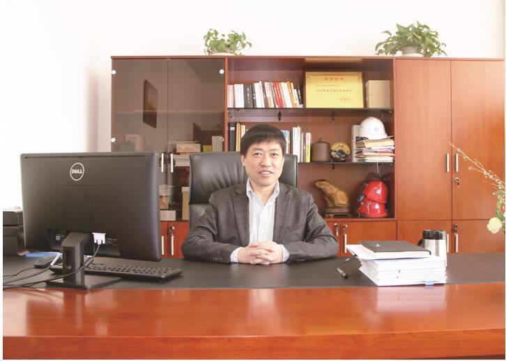 中建安装中国尊大厦机电总承包项目经理丁锐