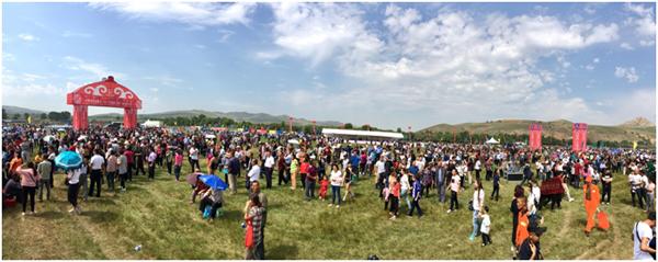 2017中华民族大赛马传统耐力赛和林格尔站举行