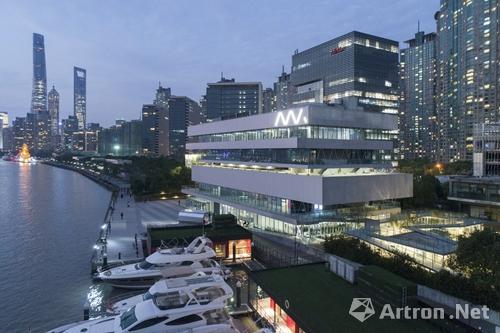 设计龙美术馆后 他又改造了亚洲最大粮仓