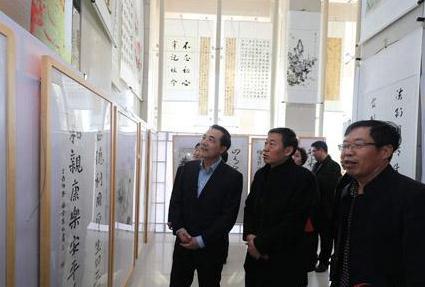 睢阳区举办法治文化书画展助推平安建设