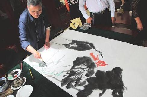 灵石县汇民村镇银行:第二届书画笔会及惠民活动成功举行